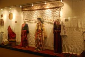 folk_art_museum_clothing